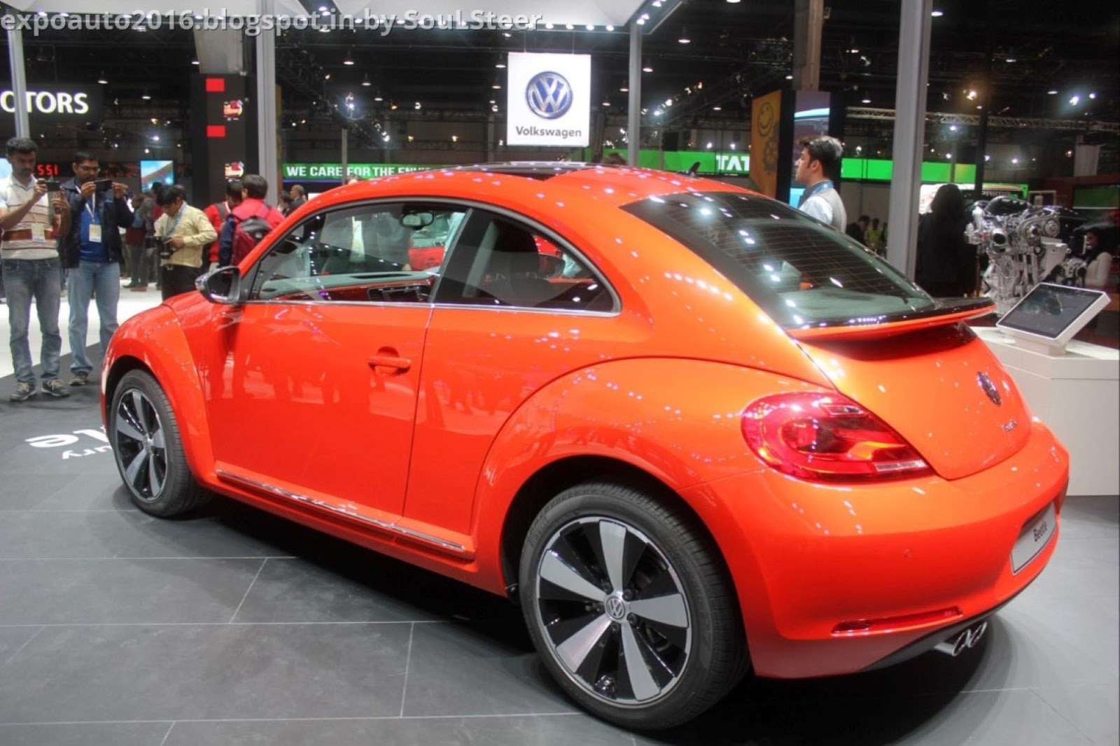 auto expo 2016 by soulsteer orange volkswagen beetle a5 compact coupe on display at auto expo. Black Bedroom Furniture Sets. Home Design Ideas