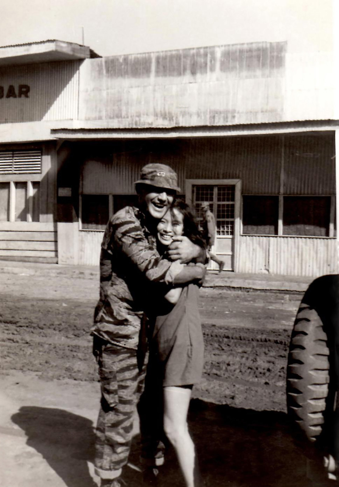 These Candid Photographs Taken by Servicemen Show How