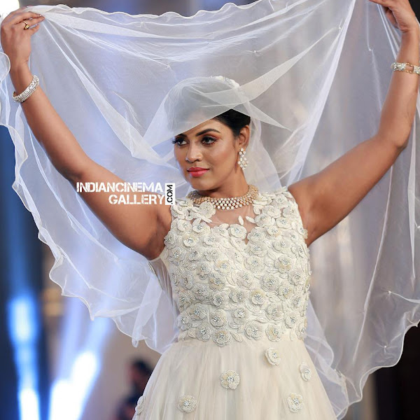 Iniya latest photos from Kerala Fashion League 2018