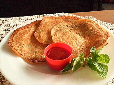 Onion Pancake Recipe @ treatntrick.blogspot.com