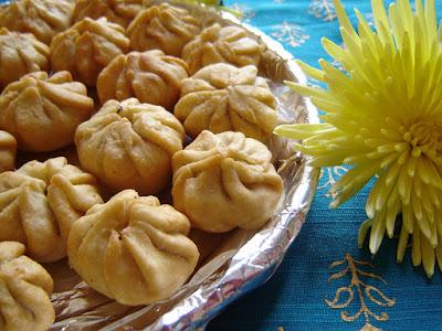 Gehu ke aatey ka modak,Modak recipe,aata modak in hindi ,modak recipe