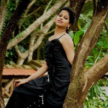 Sadhika Venugopal latest hot photo shoot