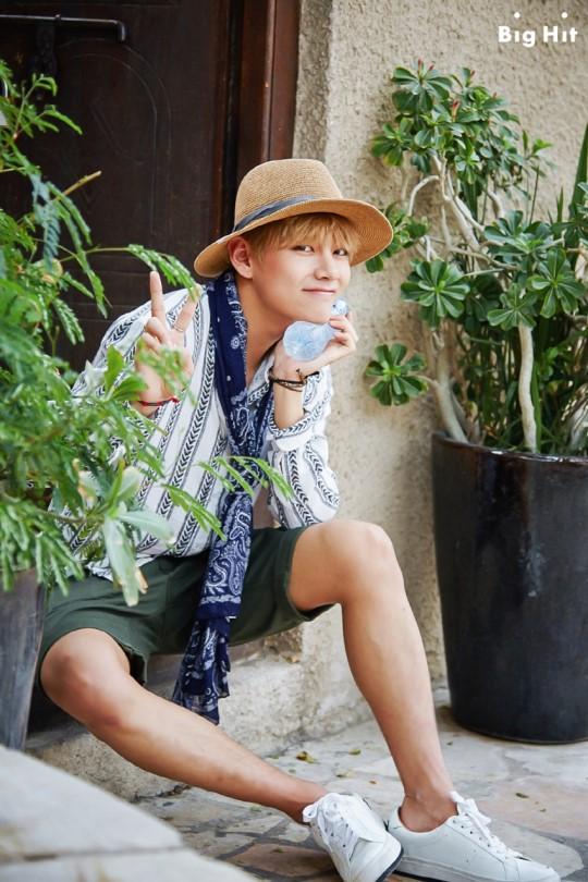 foto de BTS 'Picture Perfect' Summer Trip in Dubai Daily K Pop News