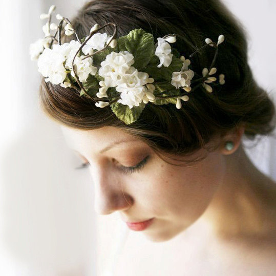 Wedding Hairstyle With Tiara: Wedding Hairstyles With Flowers And Tiara