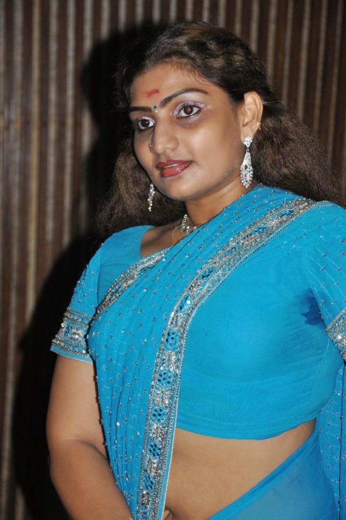 Tamil Movie Latest Actress Saree Stills Gallery