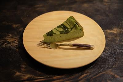 京都府宇治市の古民家カフェ・レストラン ロバ 抹茶ベイクドチーズケーキ
