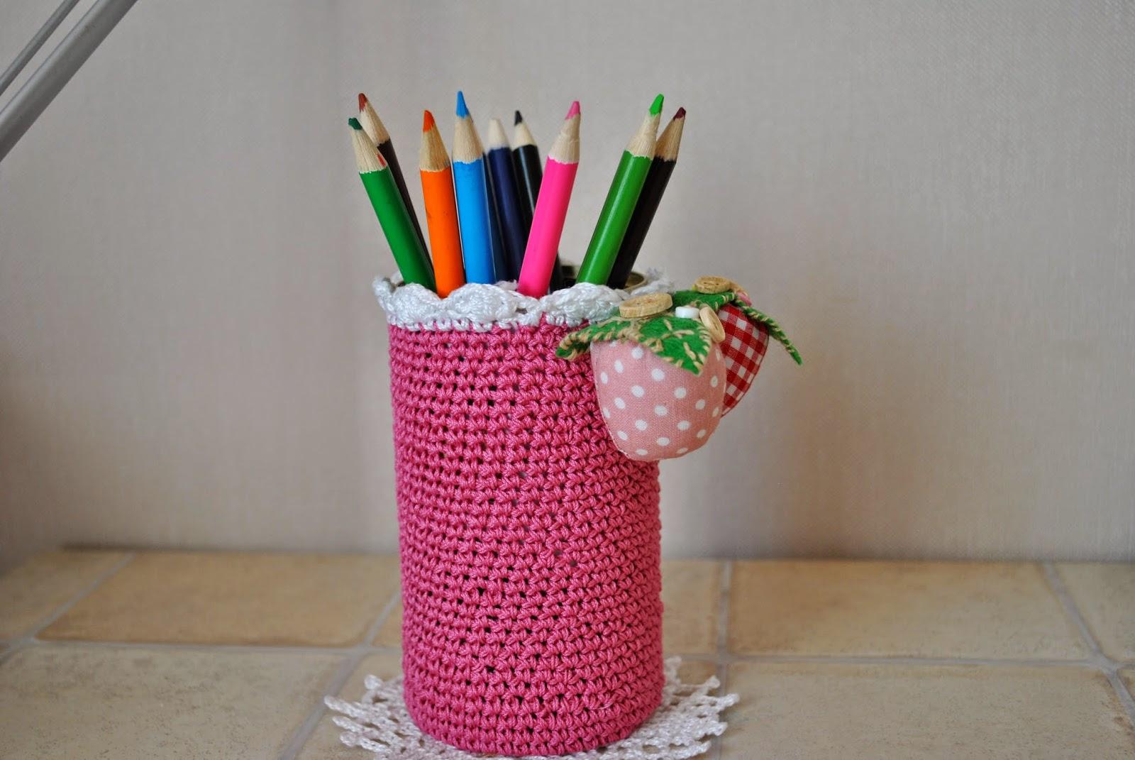 карандашница, вязаная крючком,Pencil, craft, crochet,strawberry, handmade, color,