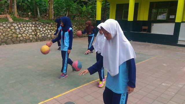 Ektstra Volley Ball MA Nurul Huda