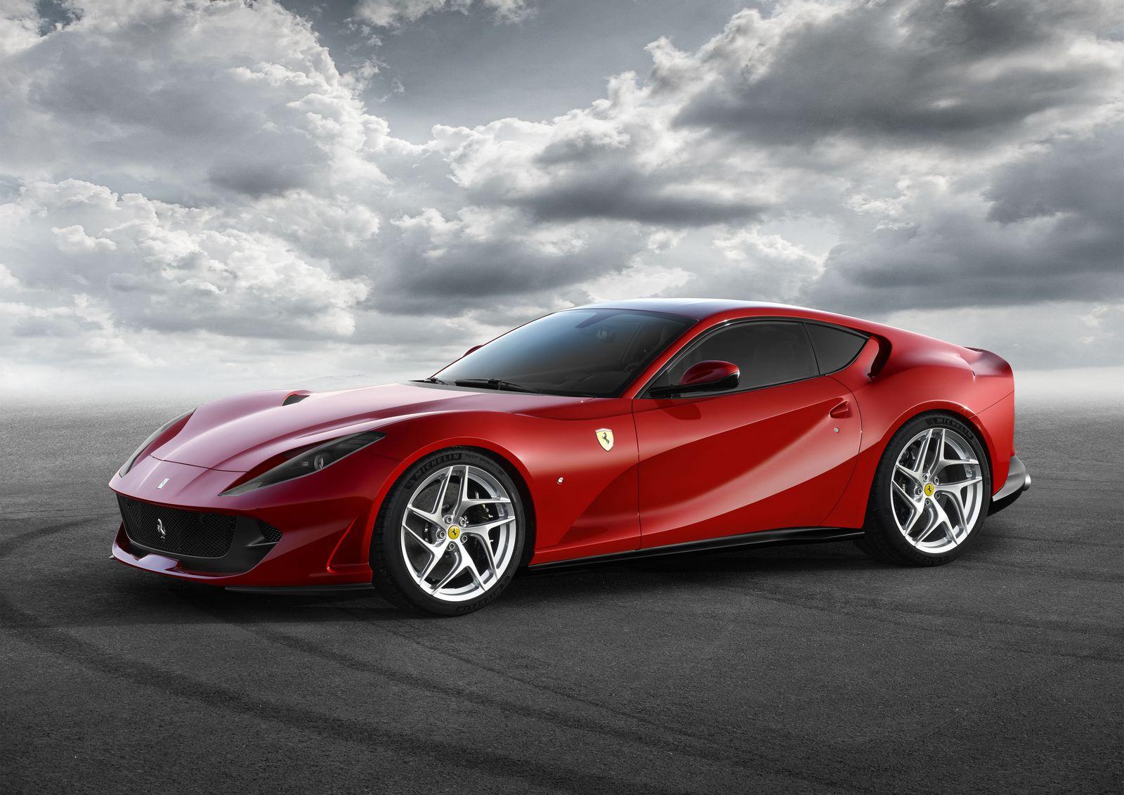 [Imagen: Ferrari%2B812%2BSuperfast%2B-1.jpg]