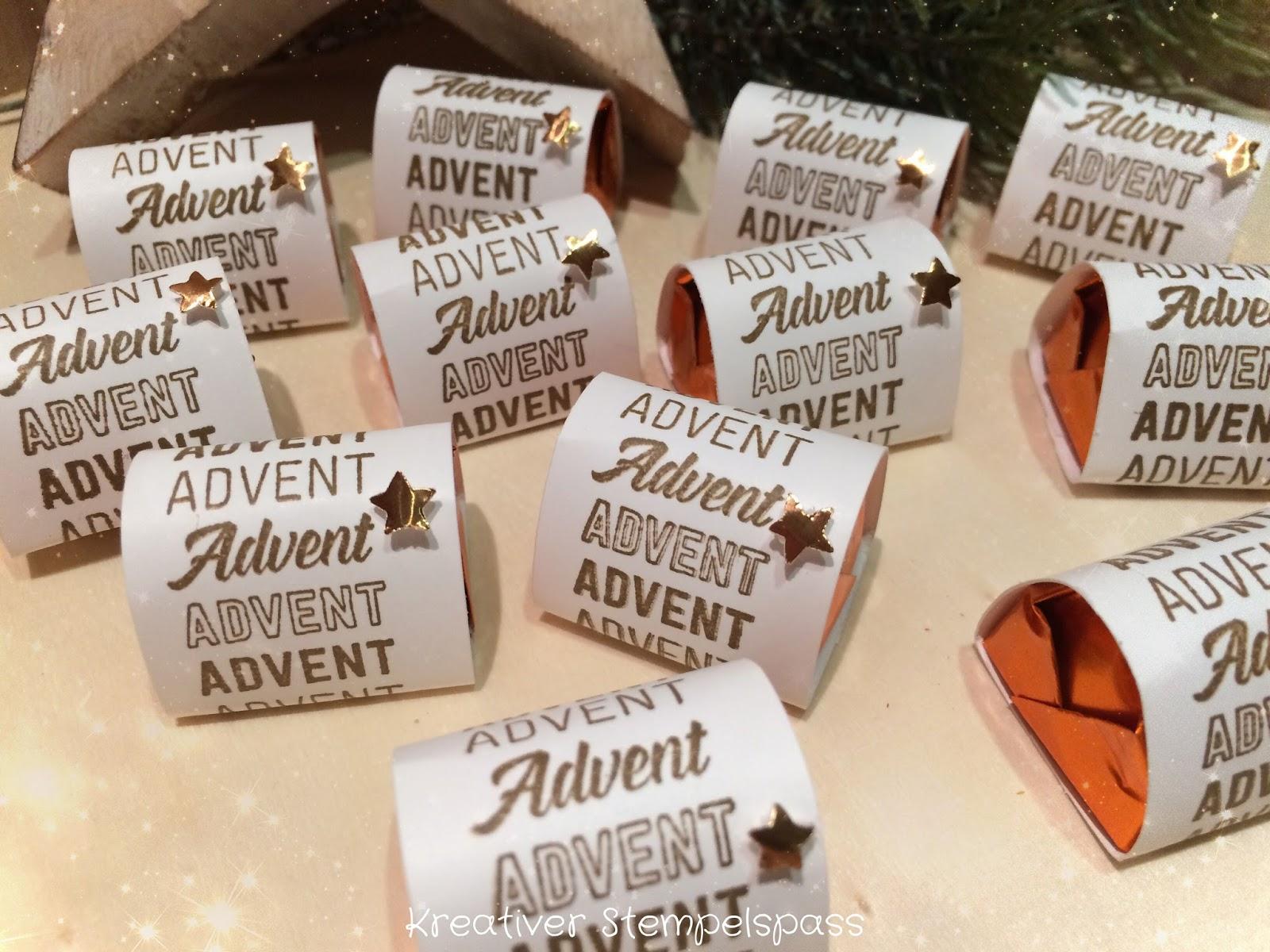 Die kleine Nascherei man bekanntlich guten Freunden schenkt 😉 lässt sich wunderbar mit dem Advent Schriftzug verpacken