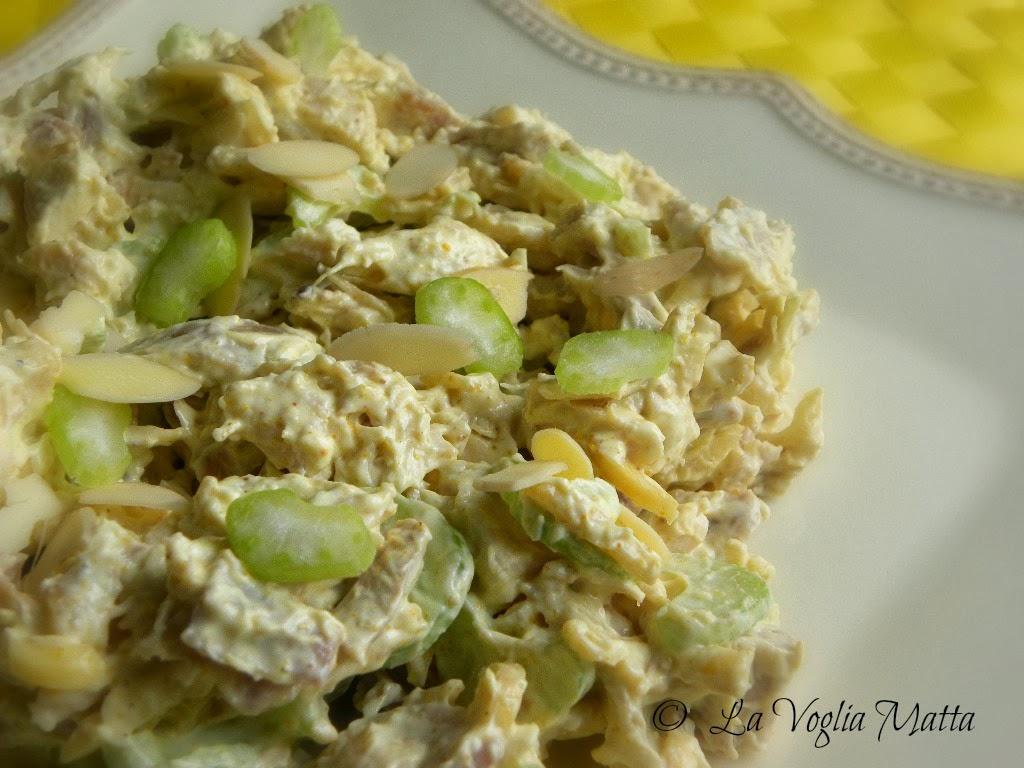 Top La Voglia Matta: Insalata di pollo , sedano e mandorle XS18