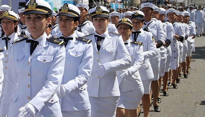Marinha abre mais de 400 vagas com salários de R$ 8 mil
