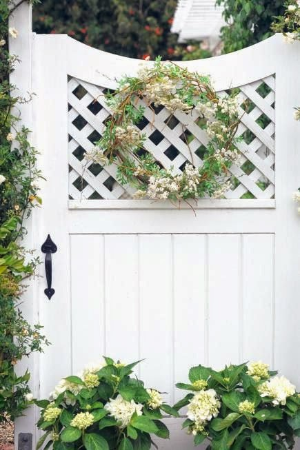 http://www.midwestliving.com/garden/ideas/great-gates/page/7/0