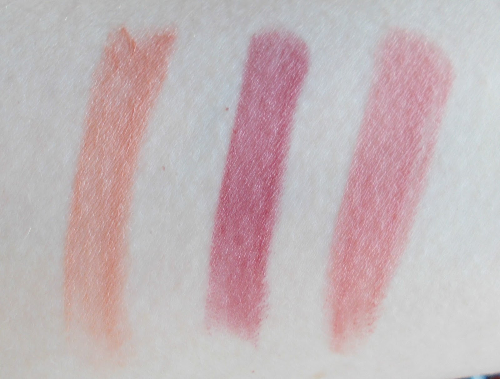 Smashbox Light it Up lipstick and mattifier set be legendary famous fig primrose swatches