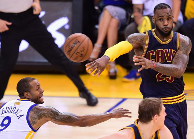 huge selection of 0a0cb b081b LeBron James Still Reaching New Heights? Watch his Top 20 ...