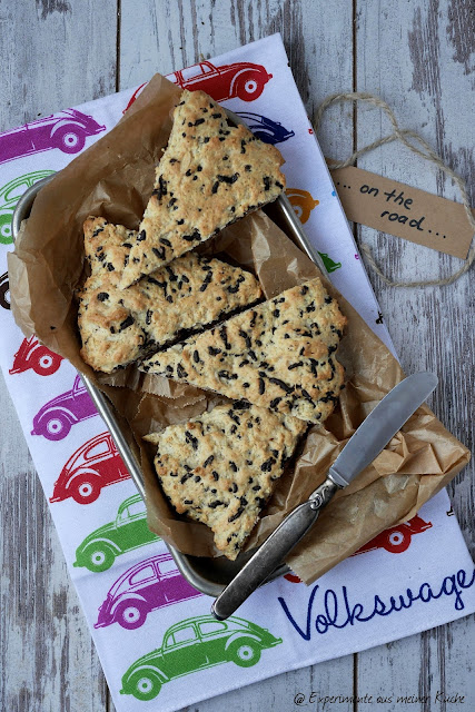 Schokoladen-Mandel-Scones / chocolate almond scones