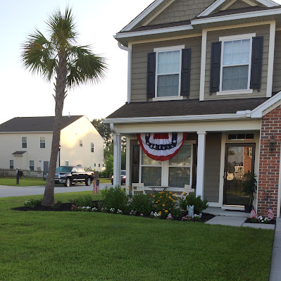 Patriotic USA Memorial Day or 4th of July Decorations | The Lowcountry Lady
