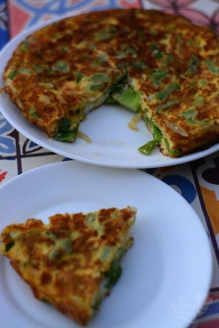 Maravillosa tortilla de judías verdes y cebollas 04
