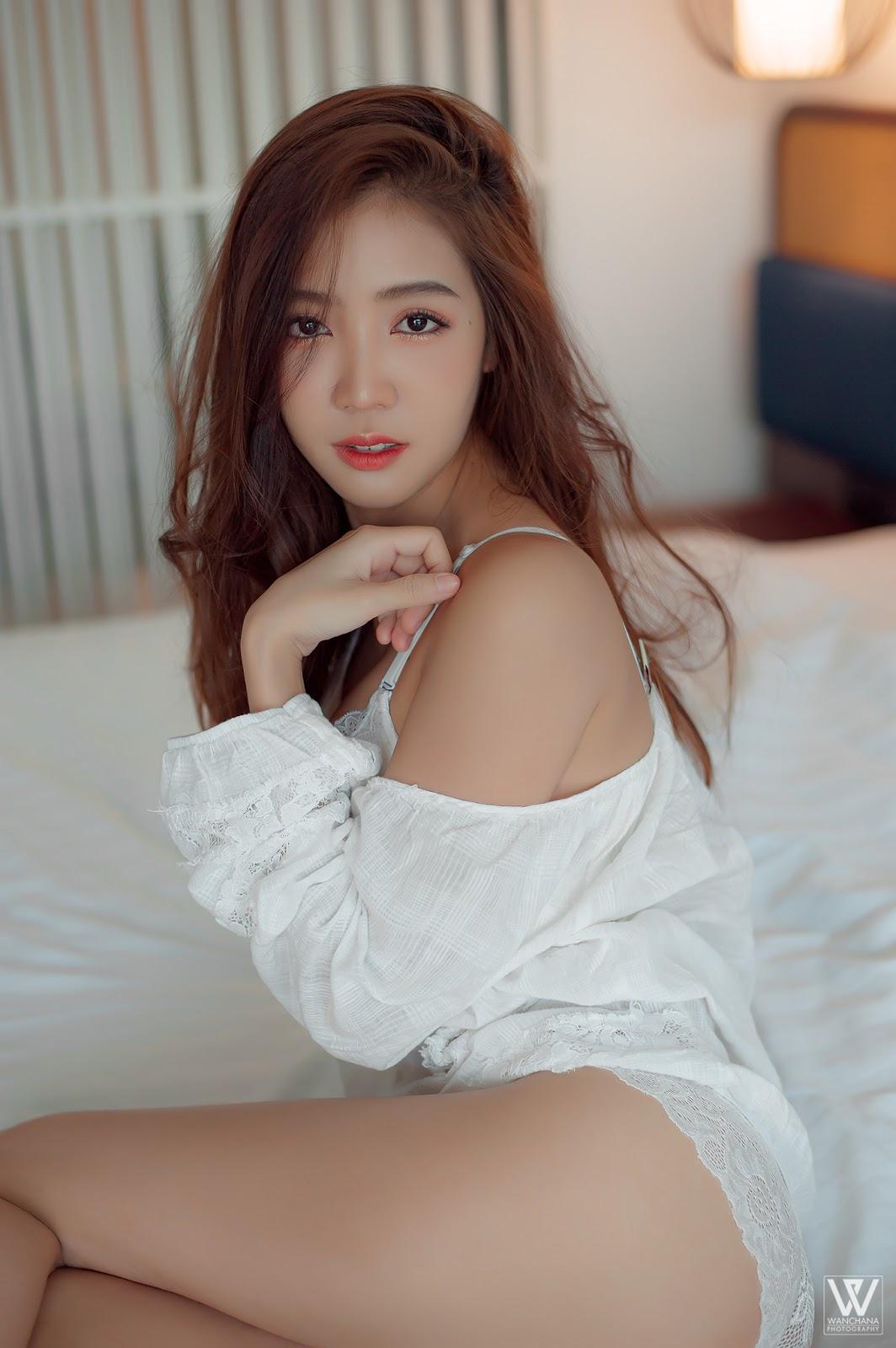 Thailand Beautyful Girl Pic No.244    Yoke Chonthicha