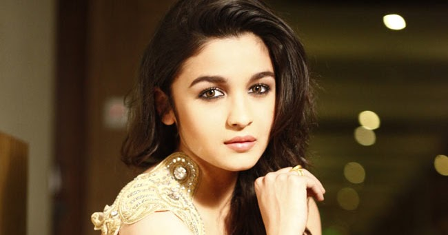 Mesmerizing Girls: Alia Bhatt