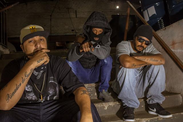 """Com produção própria , o grupo Rajada Mc's lança o álbum """"Cabulosamente"""""""
