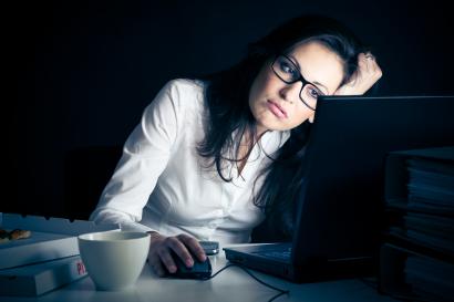 Sering Lembur Kerja Meningkatkan Risiko Terkena Kanker Payudara