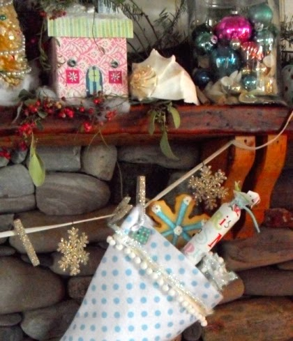 decorating with seashells for Christmas