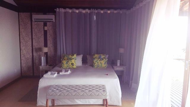 O agradável e confortável quarto suite