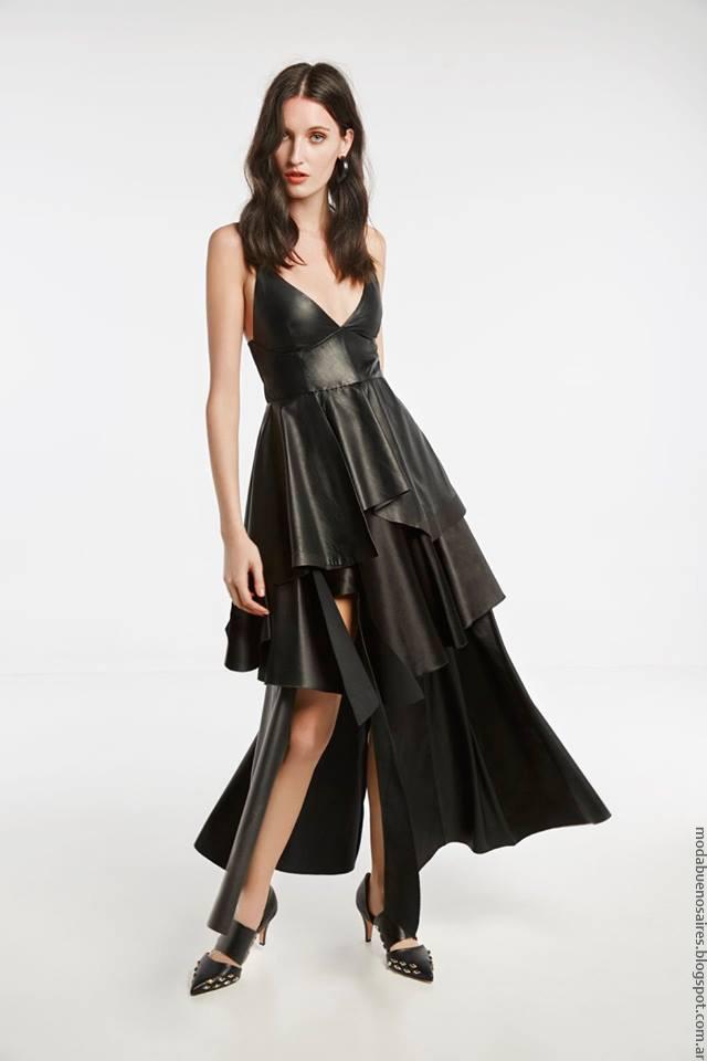 Vestido de cuero primavera verano 2017 moda mujer María Cher.