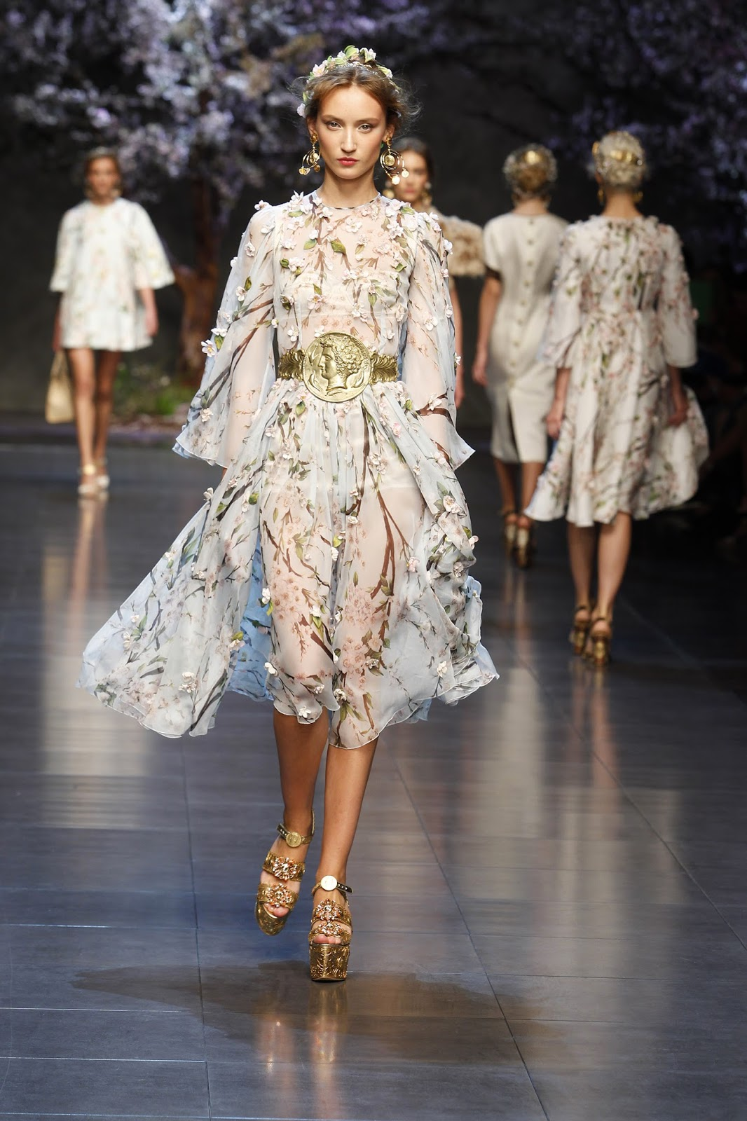 b55ccf8089 mylifestylenews  DOLCE GABBANA   2014 Summer Women  39 s Visions Amongst  Temples in Ancient Dolce   Gabbana Spring