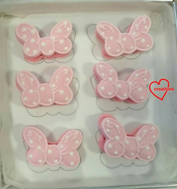 Loving Creations Minnie Mouse Ribbon Vanilla