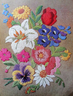 vintage 40s floral embroidery from Karen Vallerius