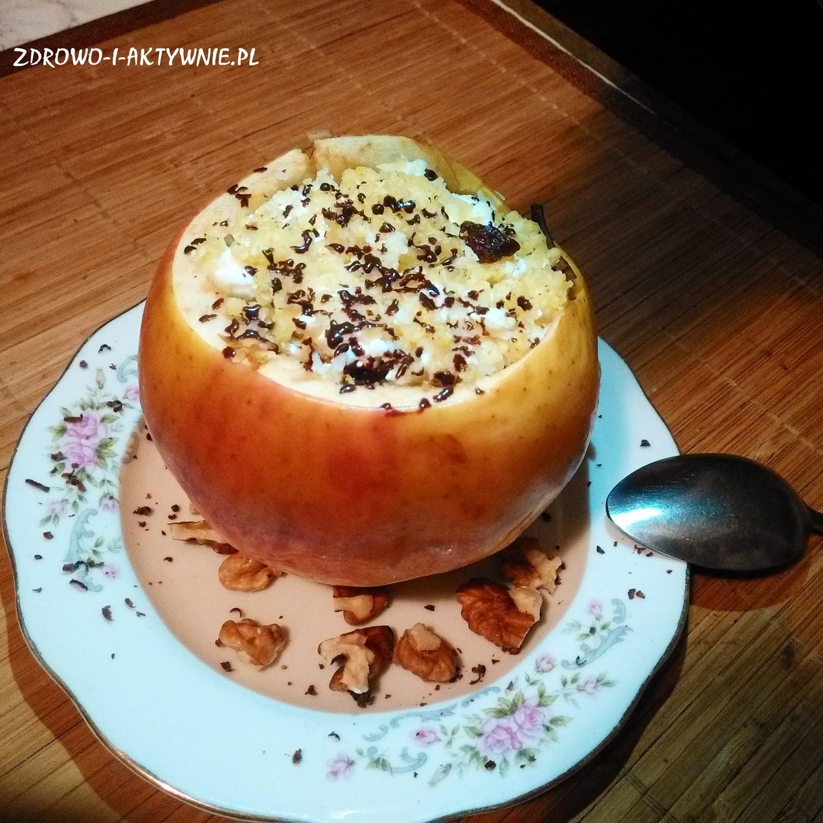 Pieczone jabłuszko nadziewane kaszą jaglaną