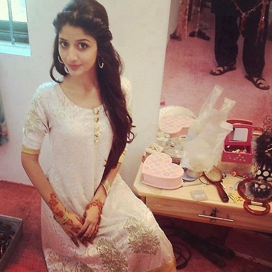 Mawra Hocane Without Makeup Unseen Pictures B Amp G Fashion