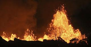 إعادة فتح الحديقة الوطنية في هاواي بعد اغلاقها وحرقها بسبب البركان