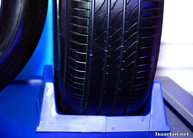 The new groove design of the Michelin Primacy 3 ST