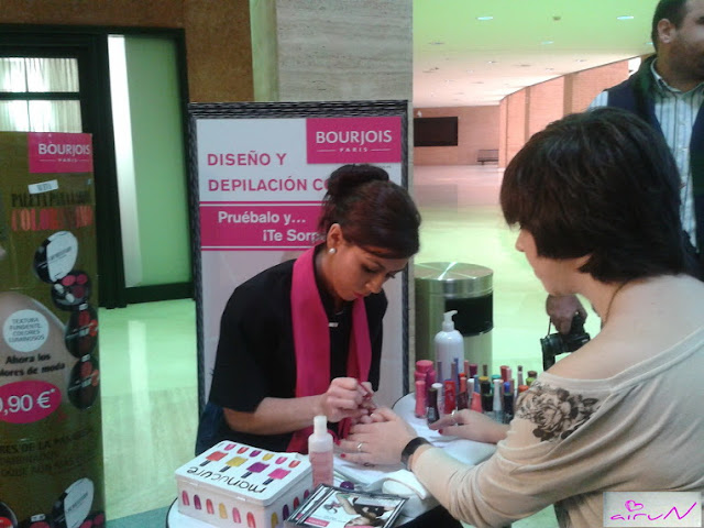 taller uñas bourjois beauty fever