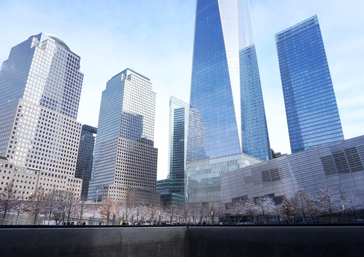 Euriental || fashion & luxury travel || New York skyline at the 9/11 memorial