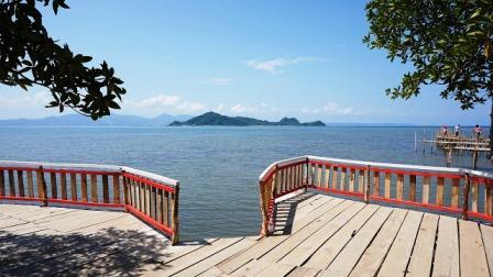Objek Wisata Pantai Dewi Mandapa