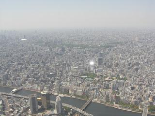 展望台デッキ・浅草方面を撮影
