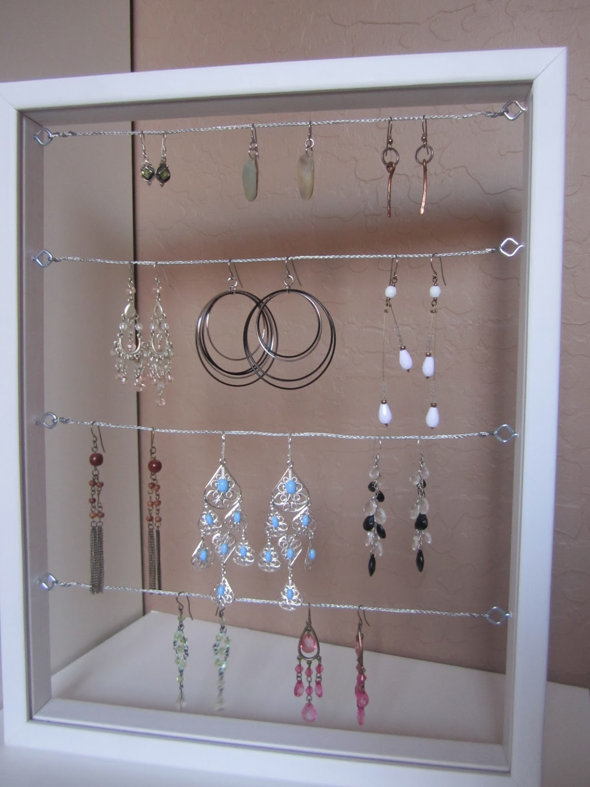 The Creative Cubby DIY Earring Holder