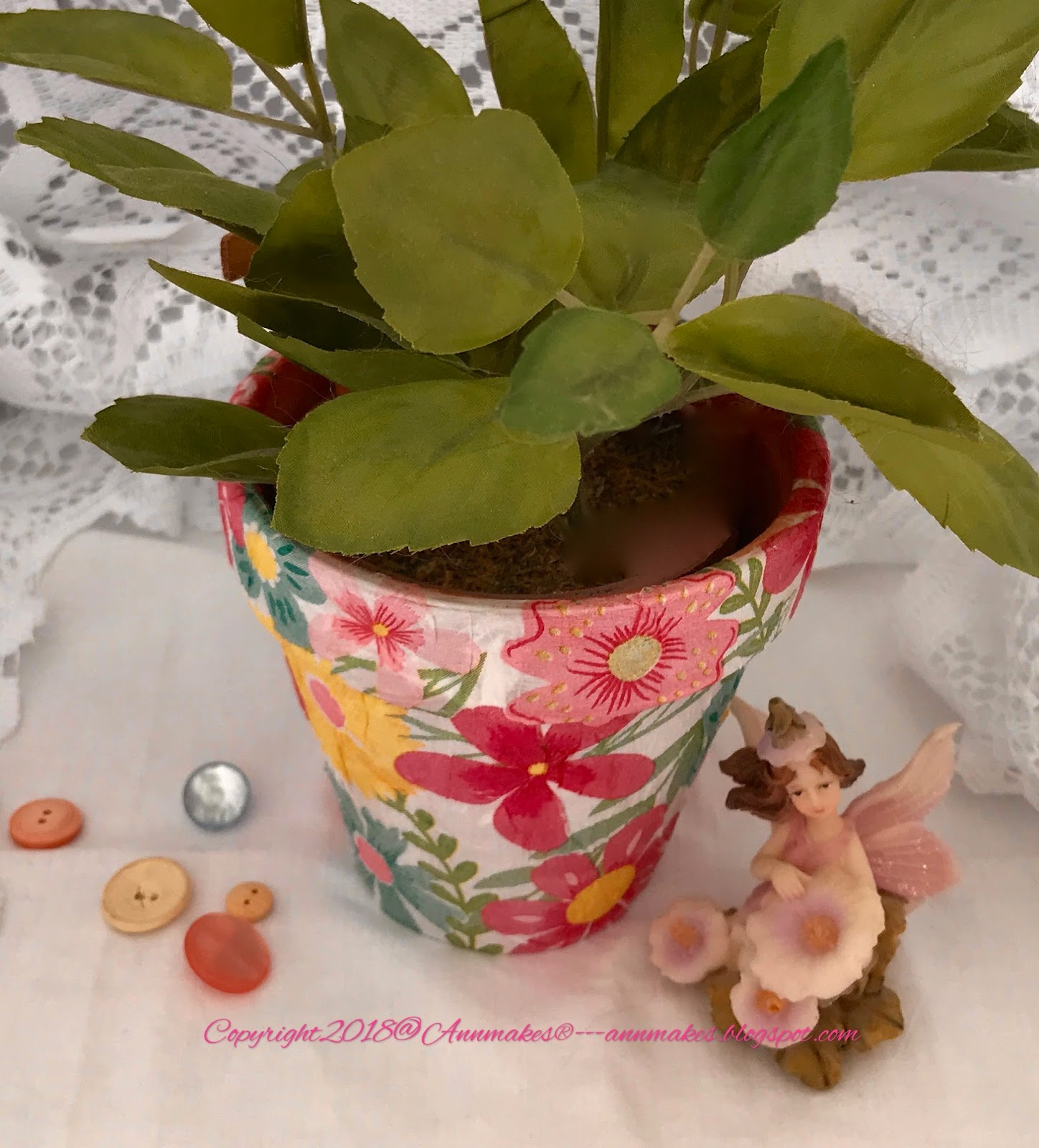 Annmakes Decoupaged Flower Pot How To