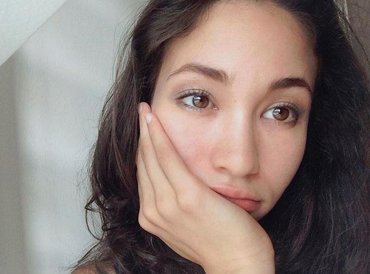 Gambar Cantik Hannah Hashim - Gadis Shopee Malaysia