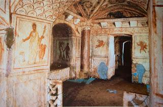 I sotterranei affrescati della Via Latina e i resti della Villa degli Anicii - Visita guidata Roma