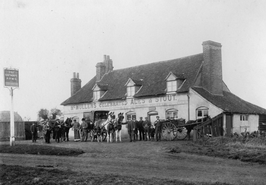 Photograph of The Sibthorpe Arms, Welham Green in the 1900s - Image from R Papworth / G Knott