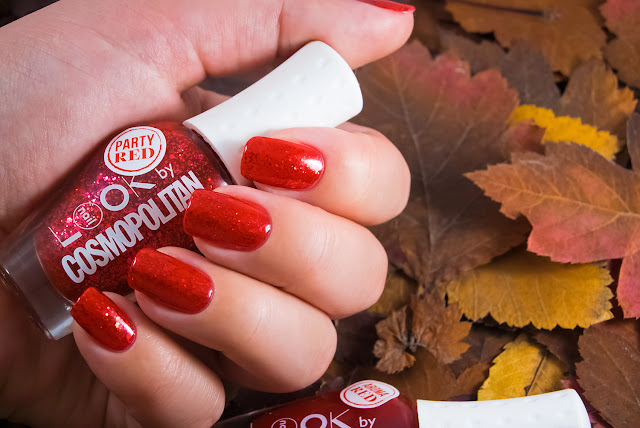 Naillook by Cosmopolitan 31446 Party Red aroma red