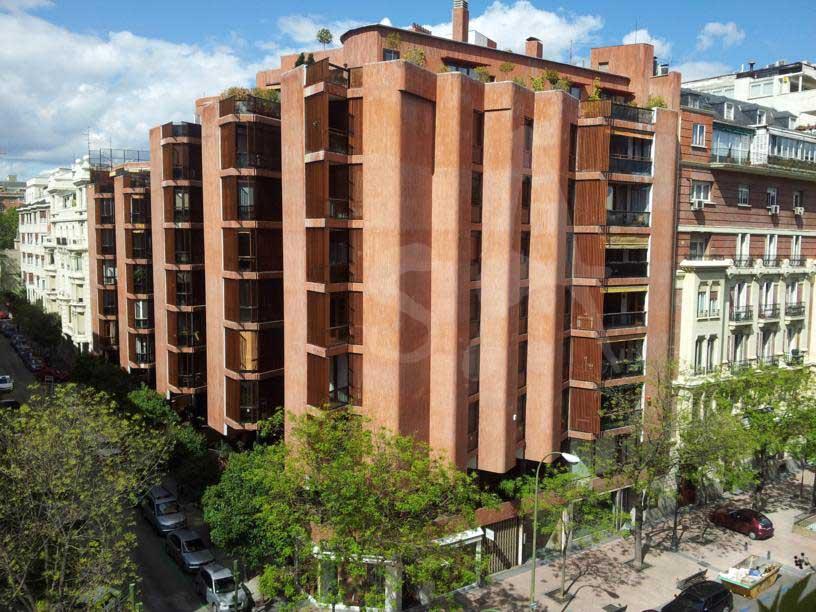 Seleccionarte el edificio girasol de jos antonio - Arquitectos en espana ...