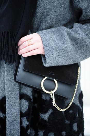 https://seaofteal.blogspot.com/2018/03/black-white-sasha-trousers-closet-case.html