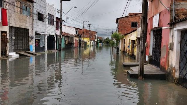 Ceará pode ter chuvas intensas e ventos de até 60km nesta sexta, alerta Inmet