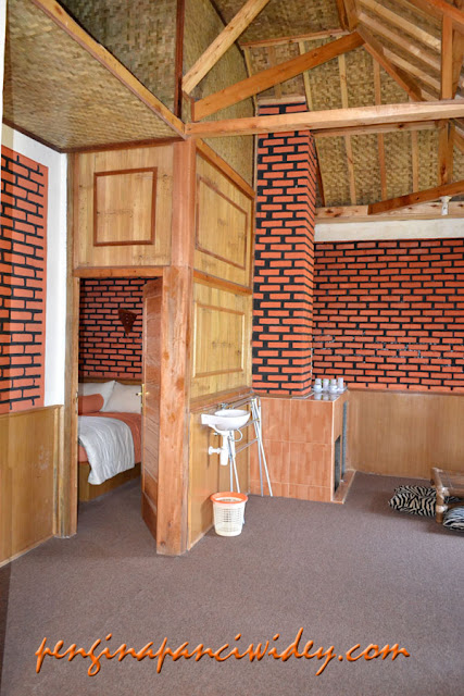 Booking villa di area wisata kawah putih dari pemalang